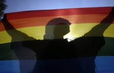 Woow.. Pemkot Bekasi Beri Dana untuk Homoseksual dan Lesbian - JPNN.com