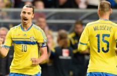 Ibrahimovic Ingin Tutup Karir di Napoli, tapi.. - JPNN.com
