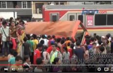 Kronologi Tragedi Metro Mini vs KRL di Muara Angke (Ada Video) - JPNN.com