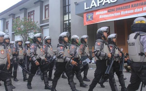 Gang War Breaks Out in Denpasar - JPNN.com