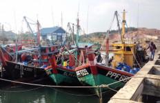 Duh, Empat Kapal Malaysia Dengan 18 ABK WNI Ketangkap Mencuri Ikan - JPNN.com