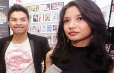 Natalan, Pasangan Romantis Ini Pilih Kabur ke Luar Negeri - JPNN.com