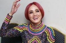 Makhluk Tuhan Paling Seksi Hamil Lagi, Anak Pertama Bilang Begini - JPNN.com