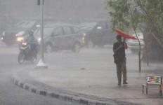 Puncak Musim Hujan di Kalteng Diprediksi Januari 2016 - JPNN.com