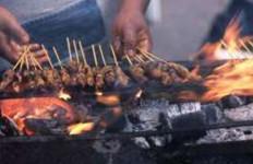 Pedagang Jagung dan Ayam Dadakan Marak di Jalanan - JPNN.com