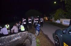 2 Desa Tawuran, 3 Rumah Rusak, Polisi dan TNI Siaga - JPNN.com
