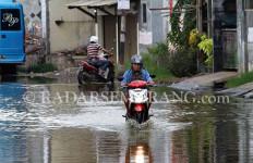 Puncak Musim Hujan Diprediksi Akhir Januari - JPNN.com