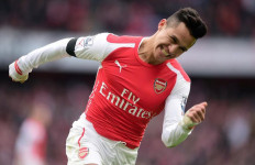 Beruntung, Dua Pemain Mengerikan Arsenal Sudah Bisa Main - JPNN.com
