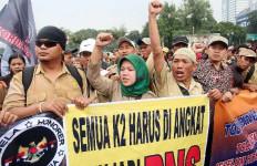 Siap-Siap Pak Menpan-RB! Lima Ribu Honorer K2 Jatim akan 'Serbu' Jakarta - JPNN.com