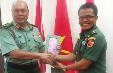 Atase Pertahanan RI di Kuala Lumpur Temui Dua Jenderal Malaysia - JPNN.com