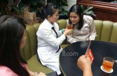 PERHATIKAN! 5 Gerak-Gerik Mencurigakan Jessica yang Terekam CCTV - JPNN.com