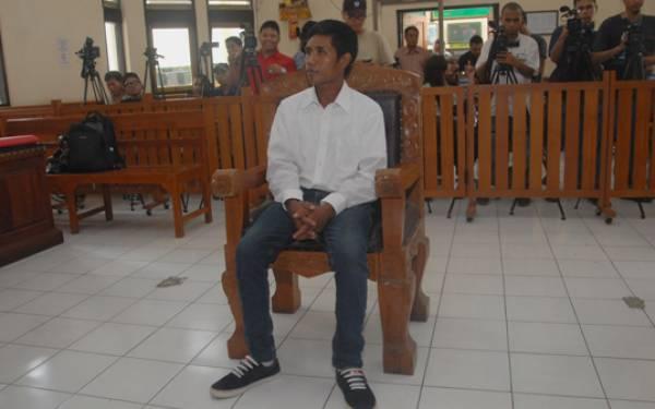 Bantu Mengubur Engeline, Agus Tay Dituntut 12 Tahun, Margriet Berapa Tahun? - JPNN.com