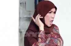 Besuk Bini Gatot, Dorce: Bawa Hati - JPNN.com