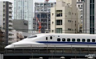 Menteri Sofyan Semprot Penentang Kereta Cepat - JPNN.com
