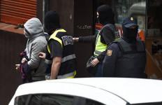 Pasok Logistik untuk Teroris, Tujuh Pria Ini Ditangkap - JPNN.com