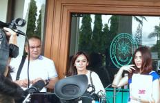 Masayu Tidak Batasi Lembu untuk Bertemu Anak - JPNN.com