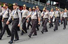 Sang Polisi pun Babak Belur Depan Istri - JPNN.com