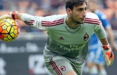 AC Milan Waspada, Kipernya Jadi Rebutan Klub Raksasa - JPNN.com