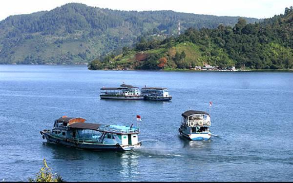 Menteri Arief: Jangan Ragukan Cintaku pada Danau Toba - JPNN.com