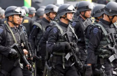 Pasukan Burung Hantu dan Terduga Teroris Terlibat Baku Tembak - JPNN.com