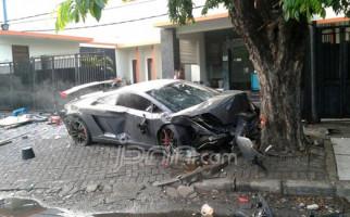 Saksi Sopir Taksi Beratkan Pemilik Lamborghini Maut - JPNN.com
