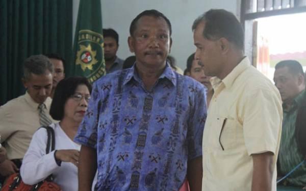 Desmond Bandingkan Labora dengan BW dan Samad - JPNN.com