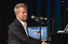 David Foster: Saya Mau Konser... Asalkan Liburan ke Bali - JPNN.com