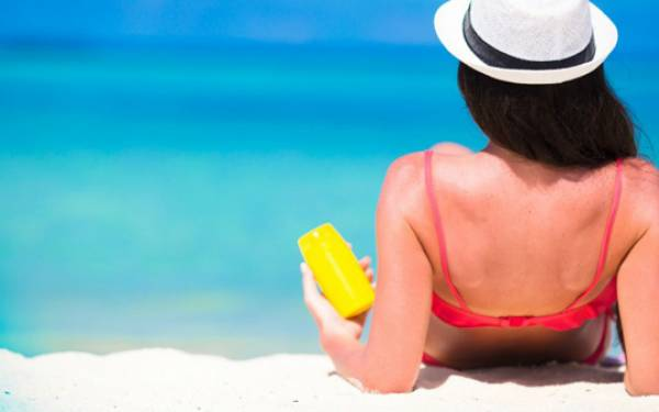 KLIK! Beberapa Mitos tentang Sunscreen, Anda Percaya? - JPNN.com