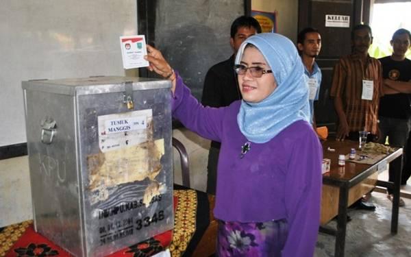 Setuju Dukungan Calon Perseorangan Dibubuhi Materai - JPNN.com