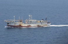DOR...DORR...TNI AL Tangkap Kapal Buronan Interpol - JPNN.com