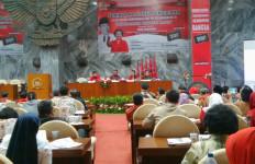Guru Honorer Curhat: Murid Sudah Jenderal, Saya Gajinya Kopral - JPNN.com