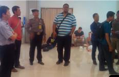 Ratusan Penumpang Masih Tertahan di Bandara Ngurah Rai - JPNN.com