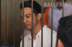 Roby Geisha Dituntut 10 Bulan Penjara - JPNN.com