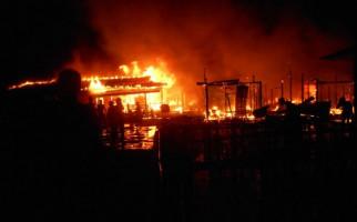 Kantor Kesbangpol dan Penanggulangan Bencana Juga Ludes Terbakar - JPNN.com