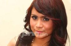Ditanya Soal Rehab Roby, Momo Geisha Bilang.. - JPNN.com