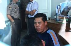 Lapas Rusuh, Sipir Bonyok Dikeroyok Napi, Nih Fotonya... - JPNN.com