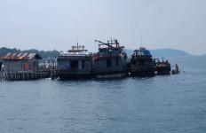 Nelayan Tradisional Marah, Kapal Jaring Sotong Disandera dan... - JPNN.com