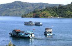 Menpar Arief Yahya Ajak HKBP Bangun Danau Toba - JPNN.com