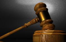 Terbukti Curi Emas, Perempuan Ini Divonis Lima Bulan Penjara - JPNN.com