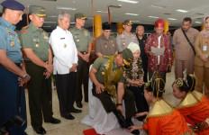 Jenderal Mulyono: Kerja Keras Babinsa Perlu Jadi Pedoman Prajurit Lain - JPNN.com