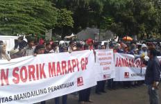Menko Darmin Didesak Cabut Izin PT SGMP - JPNN.com