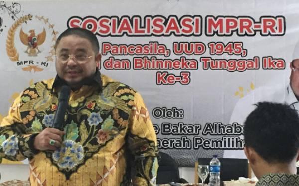PKS: Kegiatan Keagamaan, Sarana Efektif Tolak Komunisme - JPNN.com
