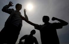 Memalukan! Oknum TNI Ngamuk, Dua Polantas Kena Bogem Mentah - JPNN.com