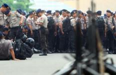 Polda Awasi Kelompok Bersenjata di Dekat LNG Tangguh - JPNN.com