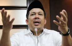 Anak Buah Surya Paloh Anggap Fahri Tidak Jantan - JPNN.com