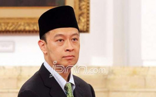 Menteri Lembong Didesak Minta Maaf Pada Rakyat dan TKI - JPNN.com