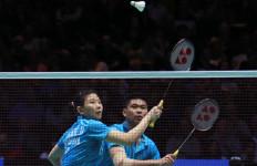 Cuma Butuh 31 Menit, Praveen/Debby Mulus ke Perempat Final - JPNN.com