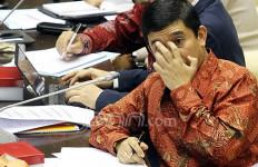 Menteri Yuddy Kaget, Kantor Arsip Seperti Tempat Sampah - JPNN.com