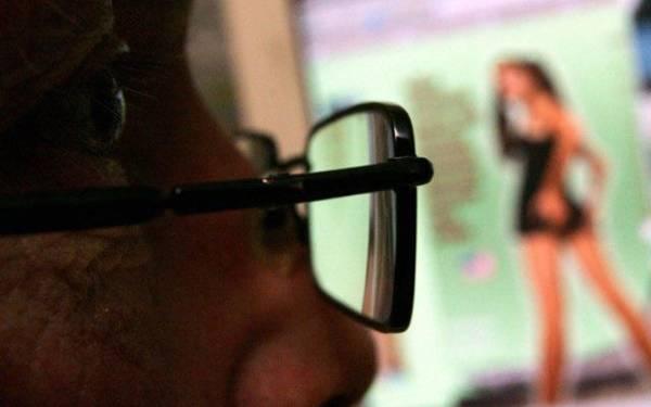 OMG! PNS Terekam CCTV Lagi Bermesum Ria - JPNN.com