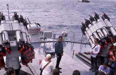 Mengejutkan! Inilah Rencana Jokowi Menjaga SDA di Perairan Natuna - JPNN.com